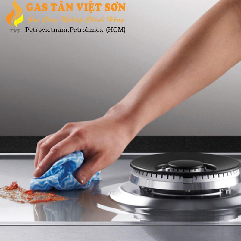 Vệ sinh bếp để tiết kiệm gas